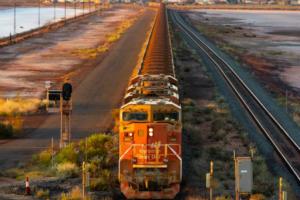 中澳紧张关系加剧:澳大利亚铁矿石价格、澳元为何持续飙升!?