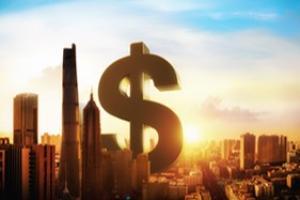 决策分析:冰火两重天!美元跌跌不休、美股再创历史新高 美国经济开始起飞美联储政策转变在即?