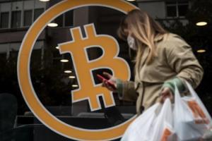 比特币突然暴力反弹:逢低买入的多头蜂拥进场了?