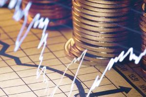 黄金遭遇新一波跌势!金价逼近关键支撑 美联储决议恐引发更大波动 黄金、欧元、英镑和日元最新日内交易分析